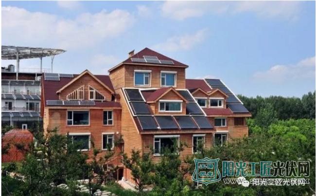 投资三五万 收益二十年 这就是家用光伏电站!